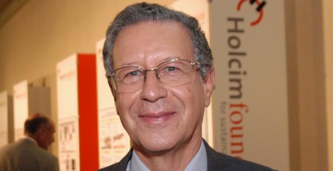 وزارة التربية المغربية تعفي وتوقف أجرة 120 استاذا