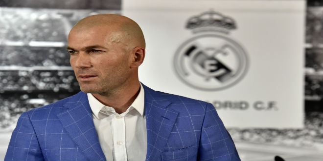 رسميا..زيدان يجدد عقده مع ريال مدريد حتى 2018