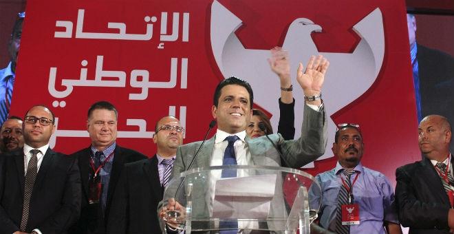 سياسي تونسي: سليم الرياحي محكوم بالسجن ولا يزال طليقا!!