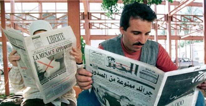 مصير أسود ينتظر الصحف الجزائرية بسبب خنقها ماليا من طرف الدولة