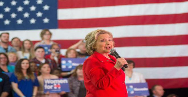 هيلاري كلينتون تفوز بولاية نيفادا على حاسب بيرني ساندرز
