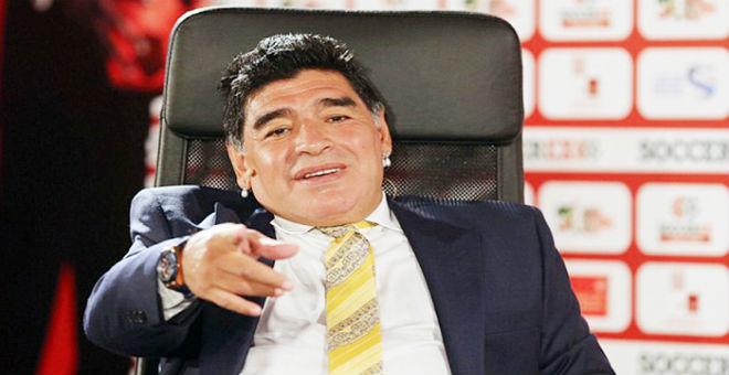 مارادونا يهاجم الفيفا ويطالب بسجن  بلاتر وبلاتيني !