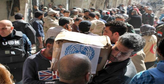 الضربات الجوية الروسية تصعب من مساعدة المدنيين السوريين