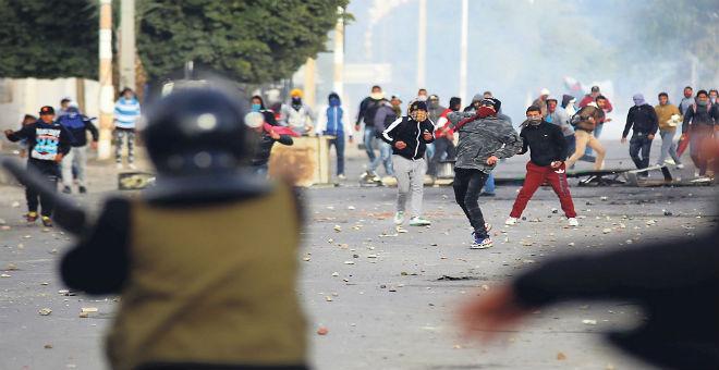 كيف يمكن لتونس أن تواجه معضلة البطالة؟