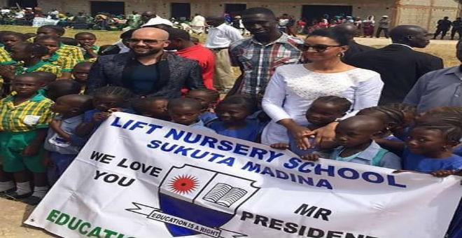 الدوزي في ضيافة حرم رئيس غامبيا!