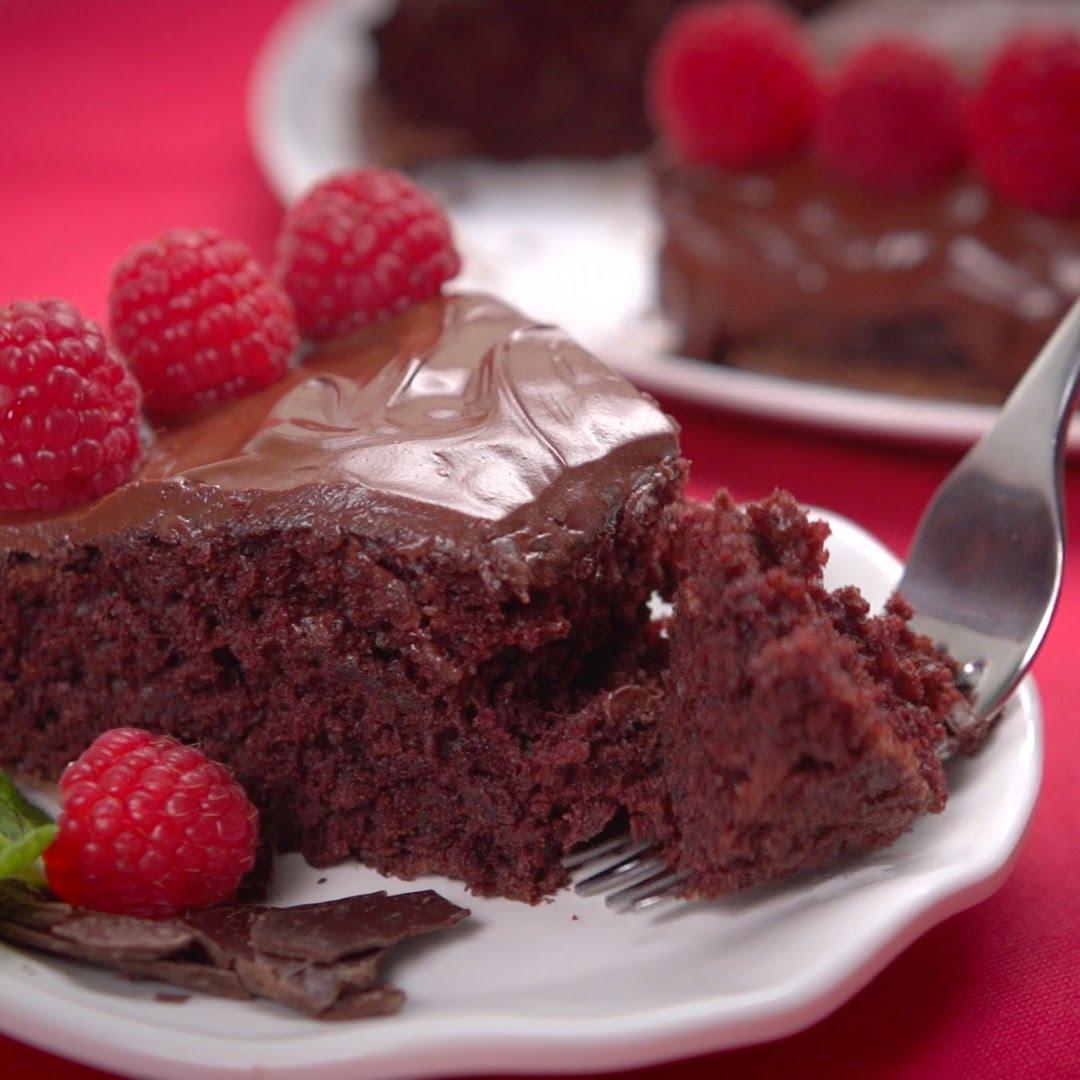 أسهل طريقة لإعداد قالب حلوى بثوان معدودة