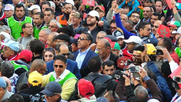 نقابات عربية تدعو العمال المغاربة للمشاركة في الإضراب ضد بن كيران