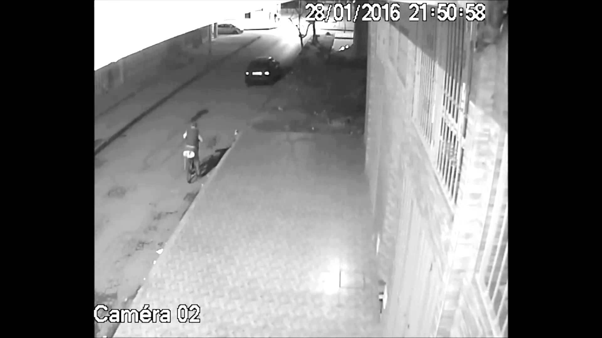 فيديو: طنجة.. سرقة سيارة في أقل من 4 دقائق