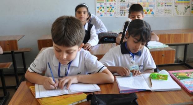 وزارة التربية الوطنية تنفي حدوث أي تغيير في الزمن المدرسي