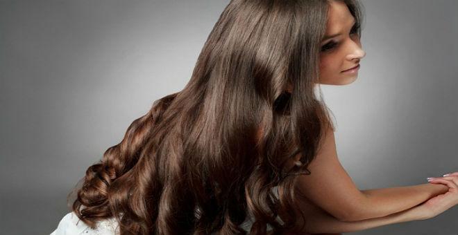 إذا كان شعرك لا ينمو بسرعة... اكتشفي الحل