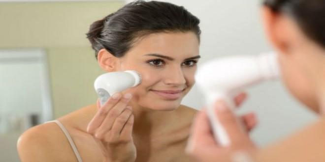 Braun-Facial-cleansing-brush-SE89-Brush_379141_64e4cc50d3ba3887d09faf3f452dd3be
