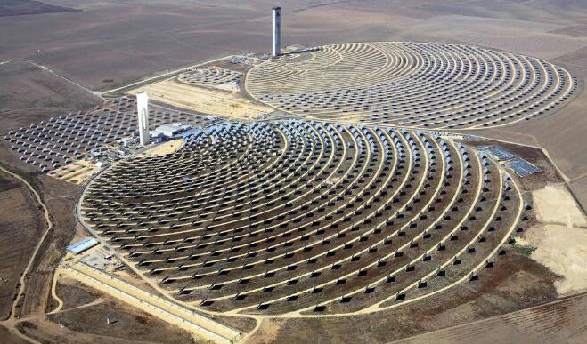 الطاقة الشمسية ''تقود'' المغرب للعالمية