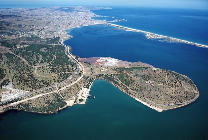 مجموعة ضخمة تفوز بصفقة تشييد ميناء الناظور غرب المتوسط