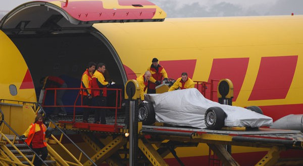dhl_f1_aircraft_loading_600