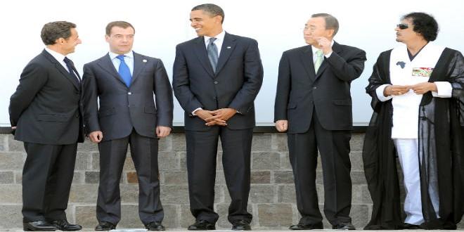أوباما وساركوزي إلى جانب الزعيم الليبي الراحل معمر القذافي