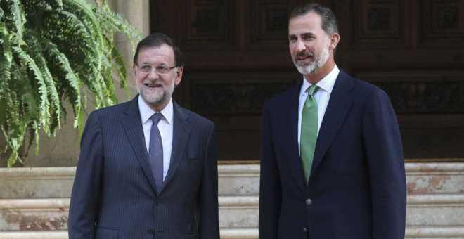 برود في العلاقات بين ملك إسبانيا وزعيم الحزب الشعبي