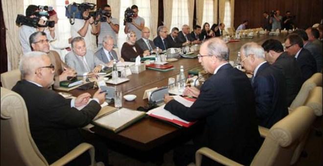 الحكومة المغربية تصادق على مشاريع مراسيم وقوانين جديدة