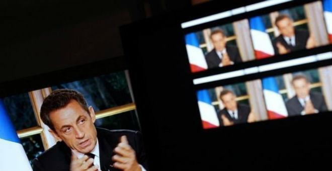 هذا ما يحب نيكولا ساركوزي مشاهدته على التلفزيون