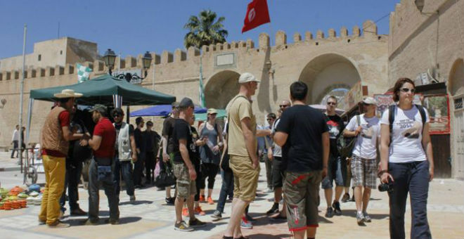 هل ينتعش الاقتصاد التونسي مع عودة السياح الروس ؟