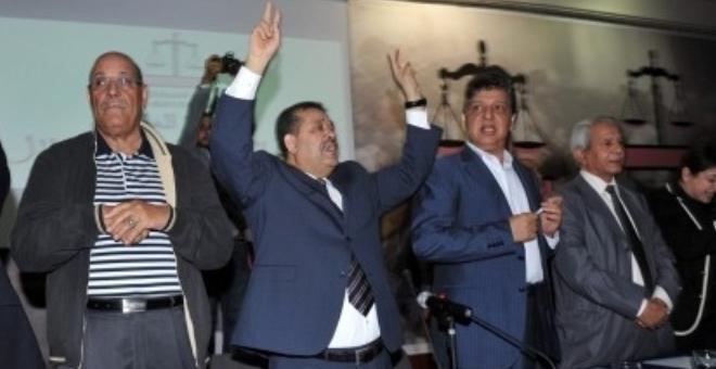 هل يجب أن يتخلى حميد شباط عن زعامة حزب الاستقلال ؟