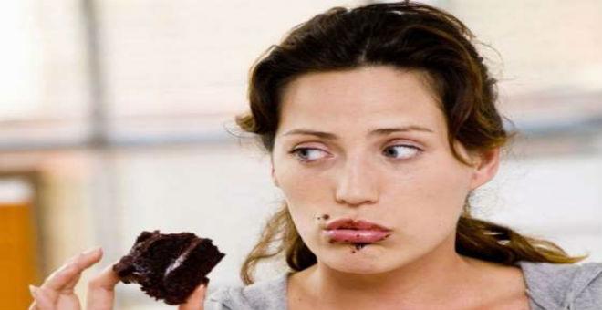 كيف تتناول كميات أقل من الطعام بحيل بسيطة؟