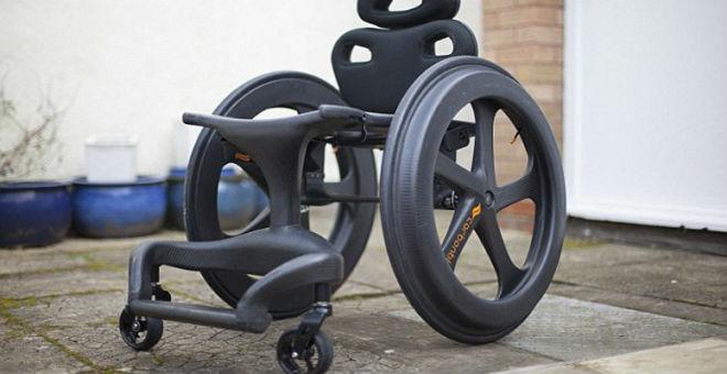 ابتكار كرسي متحرك يحاكي سيارات
