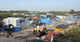 فض مخيم كالي للاجئين