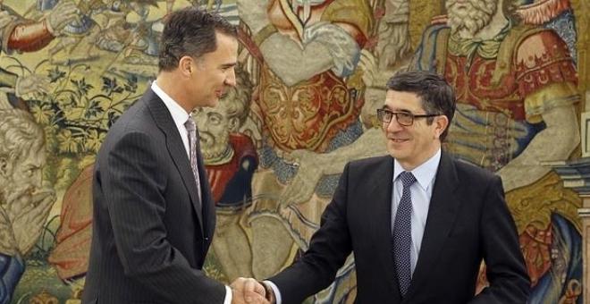 ملك اسبانيا يعيد الكرة إلى الأحزاب  ومناورات