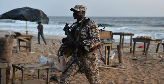 ما مدى حدة التنافس بين داعش والقاعدة في إفريقيا؟