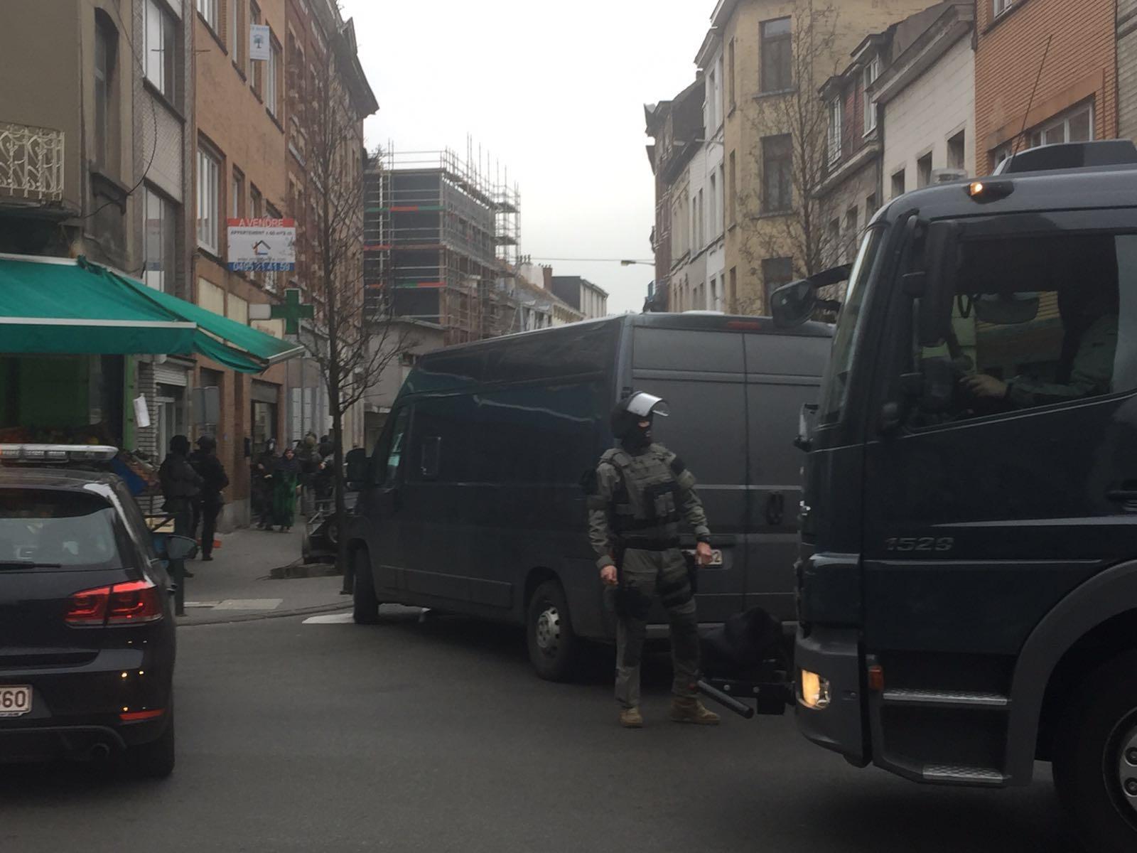 بالفيديو.. بلجيكا توقف المبحوث عنه رقم 1 في هجمات باريس