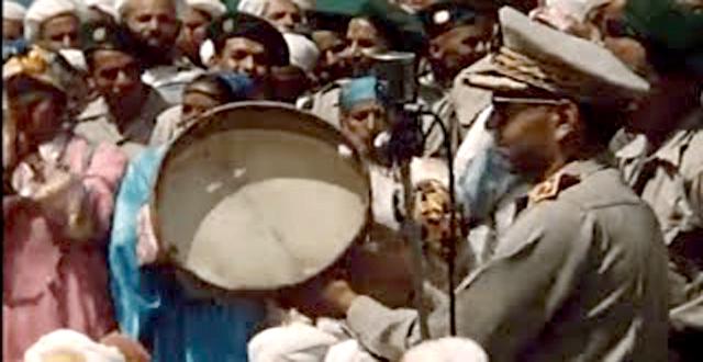 فيديو نادر للملك الراحل الحسن الثاني لما كان وليا للعهد