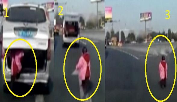 بالفيديو: طفل يسقط من صندوق سيارة وسط طريق سريع
