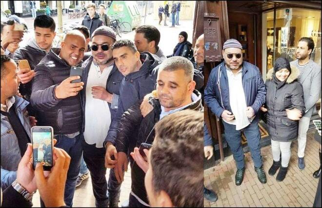 بالصور.. مغاربة يشاركون الملك جولته بأسواق أمستردام