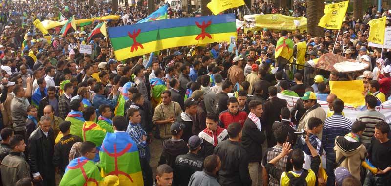 العصبة الأمازيغية: الدكتور بنحمزة يكرس نظرة متخلفة لتجار الدين
