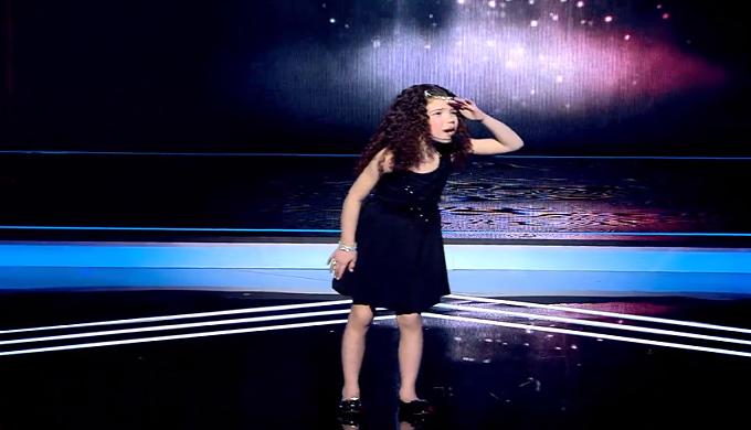 بالفيديو: أصغر موهبة تمثيل يمكن لك أن تشاهدها