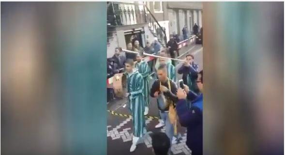 بالفيديو. مغاربة يفاجئون الملك محمد السادس بـ
