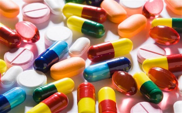 المغرب يعلن حظر الأدوية والمنتوجات الطبية