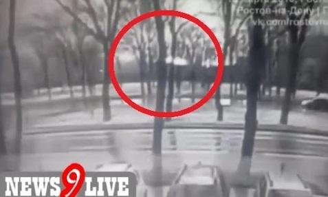 بالفيديو: لحظة تحطم طائرة إماراتية جنوب روسيا