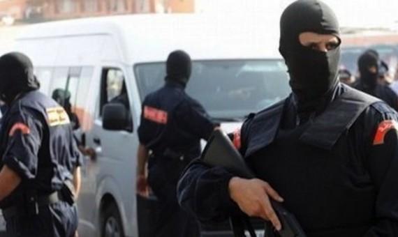 طنجة. سيوف ورصاص وغاز سام أثناء اعتقال مجرم خطير!