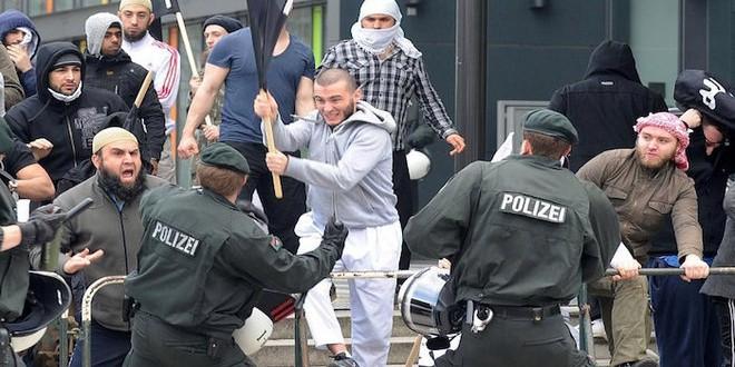 تطرف مسلمي أوروبا