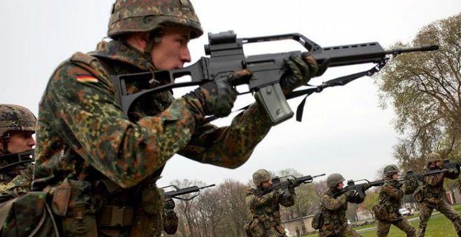 الجيش الألماني يخشى اختراق صفوفه من قبل موالين لـ