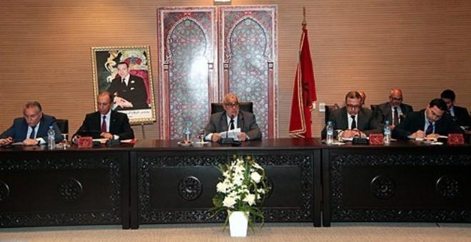 حديث الصحف: بنكيران ينتقل إلى مقر جديد لرئاسة الحكومة