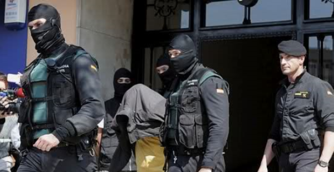 الشرطة الإسبانية توقف مواطنا مغربيا لعلاقته ب