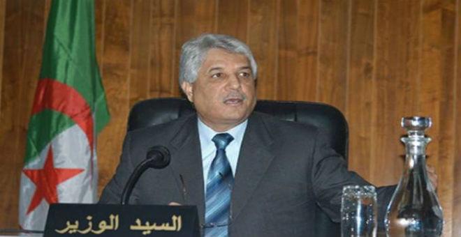 حينما يعطي وزير العدل الجزائري الدروس دفاعا عن شكيب خليل
