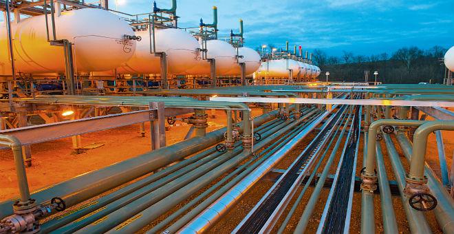الولايات المتحدة تضيق الخناق على الجزائر في سوق الغاز الأوروبية