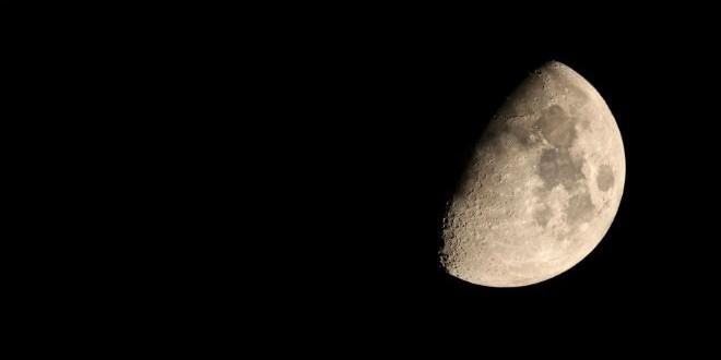 إرسال شخص إلى القمر