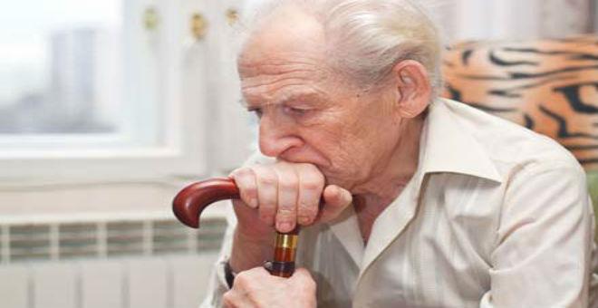 الوحدة تزيد من احتمال إصابة المسنين بالجلطة والخرف