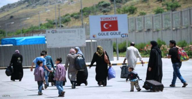 العفو الدولية تتهم تركيا بإعادة السوريين قسرا إلى بلدهم