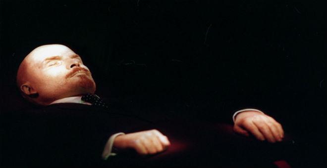 عميل أمريكي سابق يقترح سرقة جثمان لينين لإغاظة بوتين