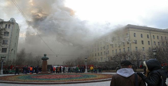 روسيا..حريق وزارة الدفاع أتى على ملفات فساد كبرى